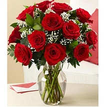 12 red roses with vase: Send Anniversary Gifts to Vancouver