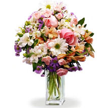 Everlasting Bouquet: Gifts to Canada for Friend