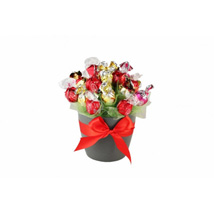 Flames Sweet Bouquet: Send Gifts to Finland