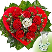 Rose Bouquet Amore with vase: Gifts to Frankfurt