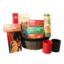 Tea Time Gift basket: Gifts to Italy
