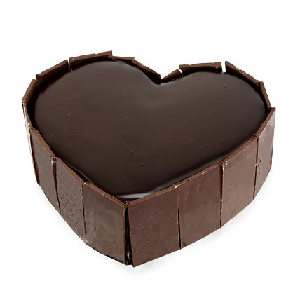 Cute Heart Shape Cake Half kg