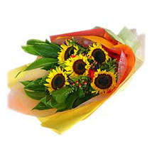 5 Sunflowers Bouquet MAL: Send Gifts to Malaysia