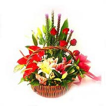 Arrangement of mixed seasonal flowers: Gift Delivery in Malaysia