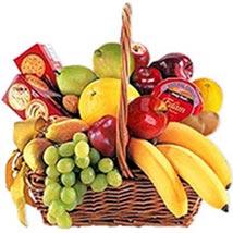 Cheese Crackers n Fruit Basket oma:
