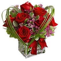 Ruby Cube: Send Christmas Flowers to Singapore