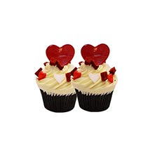 6 Red Velvet Cup Cakes: Cakes for Valentines Day