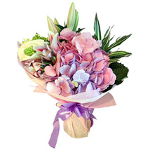 A Soothing Surprise: Send Flower Bouquets to UAE