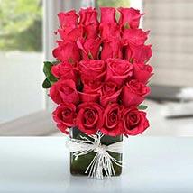 Arrangement of Lovely Roses: