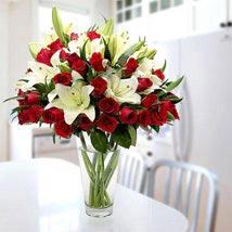 Blooming Love: Send Flowers to UAE