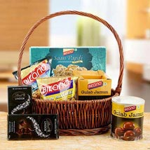 Charming Hamper of Love: Send Sweets to UAE