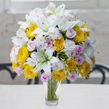 Garden Glory: Flowers for Girlfriend UAE