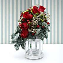 Holidays Table Runner: Flower Delivery in UAE