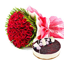 Roses n Blueberry Cheese Cake: Rose Day Gifts