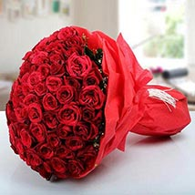 Roses To Express Ur Care: Anniversary Flower Bouquets in UAE