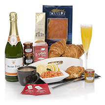 Celebration Breakfast: Send Mothers Day Gifts to UK