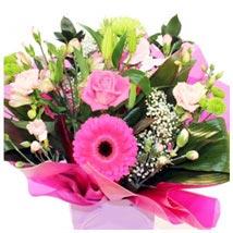 Designer Aqua: Send Christmas Flowers to UK