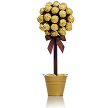 Ferrero Rocher Tree: Gifts for Mothers Day