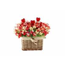 Huge Love Devotion: Christmas Gift Baskets UK