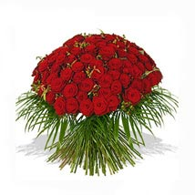 One Hundred Red Roses Bouquet: House Warming Flowers to UK