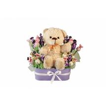 Sweet Girl Arrival: Christmas Gift Baskets UK