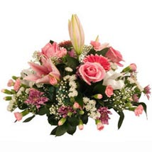 Table Posy: Gifts to Leeds
