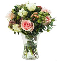 Vintage Flowers: Send Mothers Day Gifts to UK