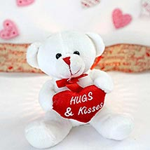 Hugs N Kisses Teddy Bear: Valentines Day Gifts Manchester